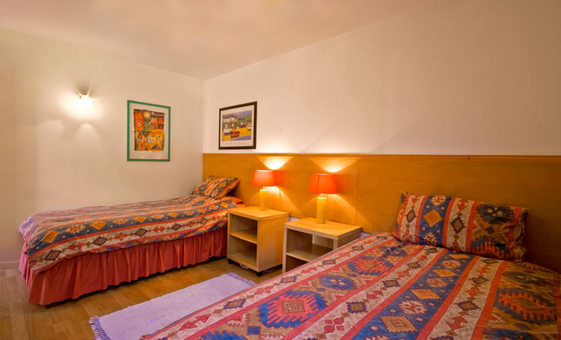 La Pointe Farm - Guernsey Self Catering - Mirus Cottage - Twin Room