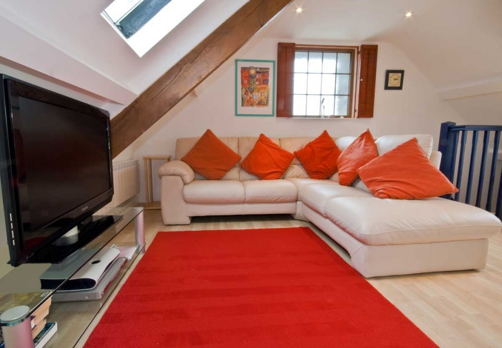 La Pointe Farm - Guernsey Self Catering - Leree Apartment - Lounge Area