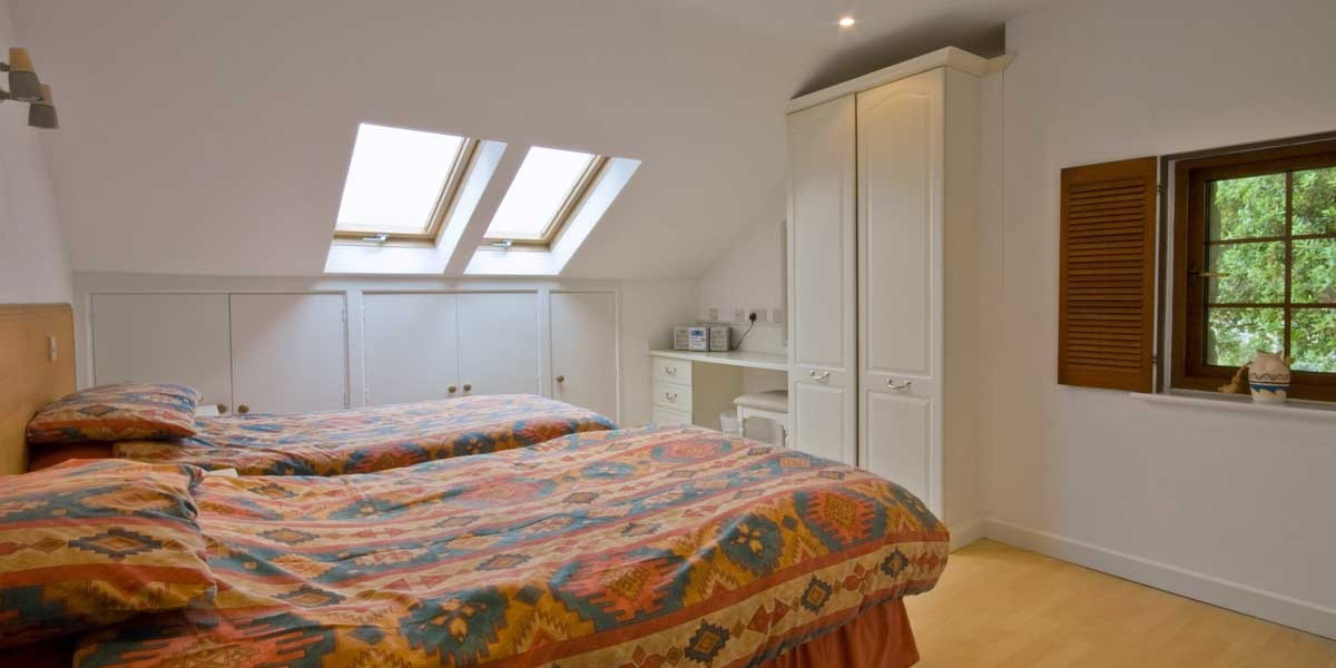 la pointe chat rooms All types of rooms available single, twin & double rooms triple & quadruple / family rooms superior rooms with mont blanc view suite with two ensuite bedrooms.