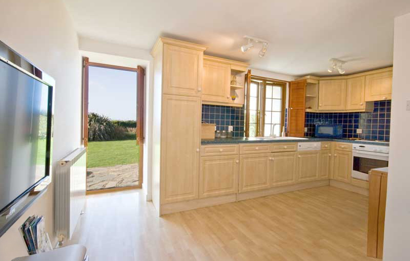 La Pointe Farm - Guernsey Self Catering - Perelle Apartment - Living Area
